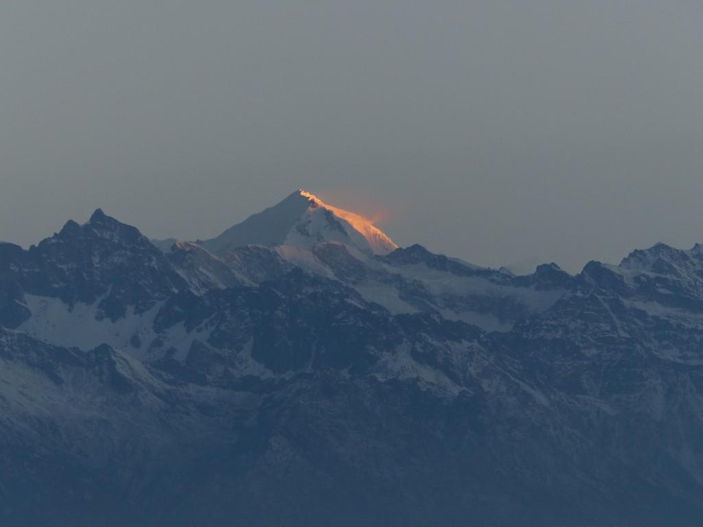 Sonnenaufgang über der Langtang-Kette