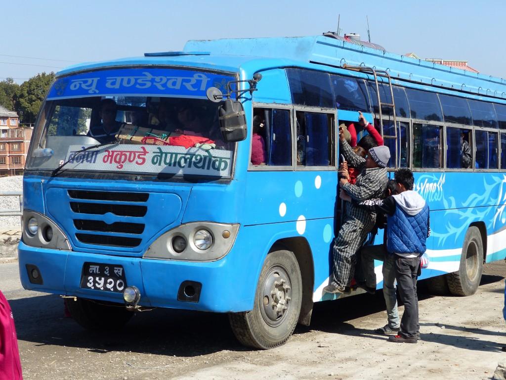 Das ist mal ein voller Bus!